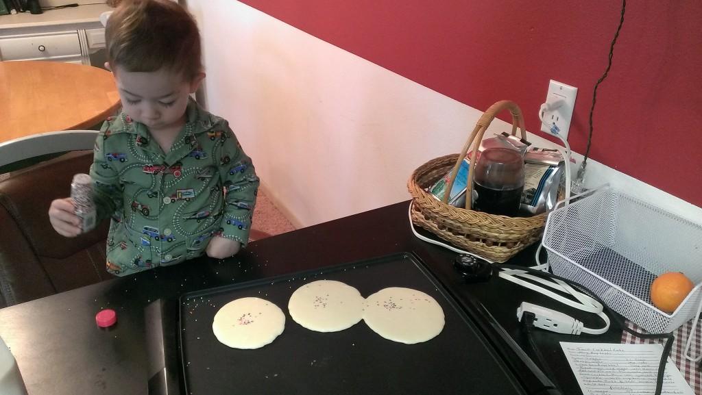 Sprinkling the pancakes